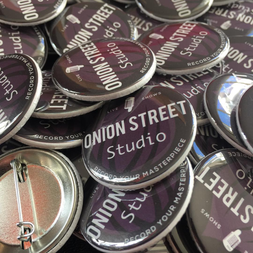 "1.5"" Pinback Buttons 